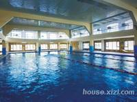 奥林匹克花园小区游泳池