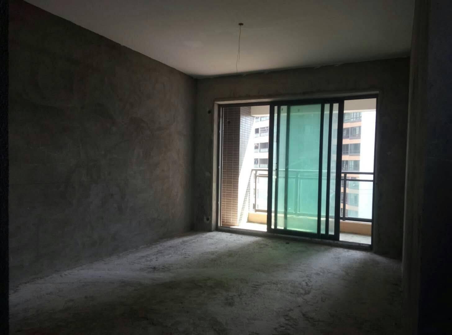 出售方直星耀国际4室2厅2卫127.84平米200万住宅