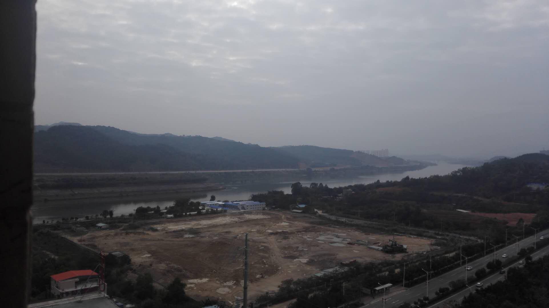 华泓星岸城,看江景,采光好使用率高,近江北,环境好。