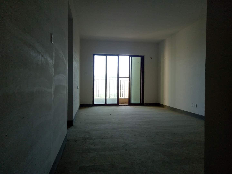 舒适三房 高空景色优美 业主诚心出售 雅居乐白鹭湖