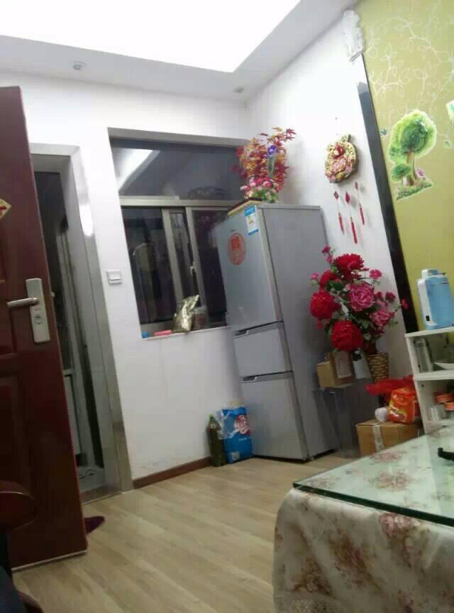 笋盘68万江北阳光谷电梯二房一厅精装带家电低价出售