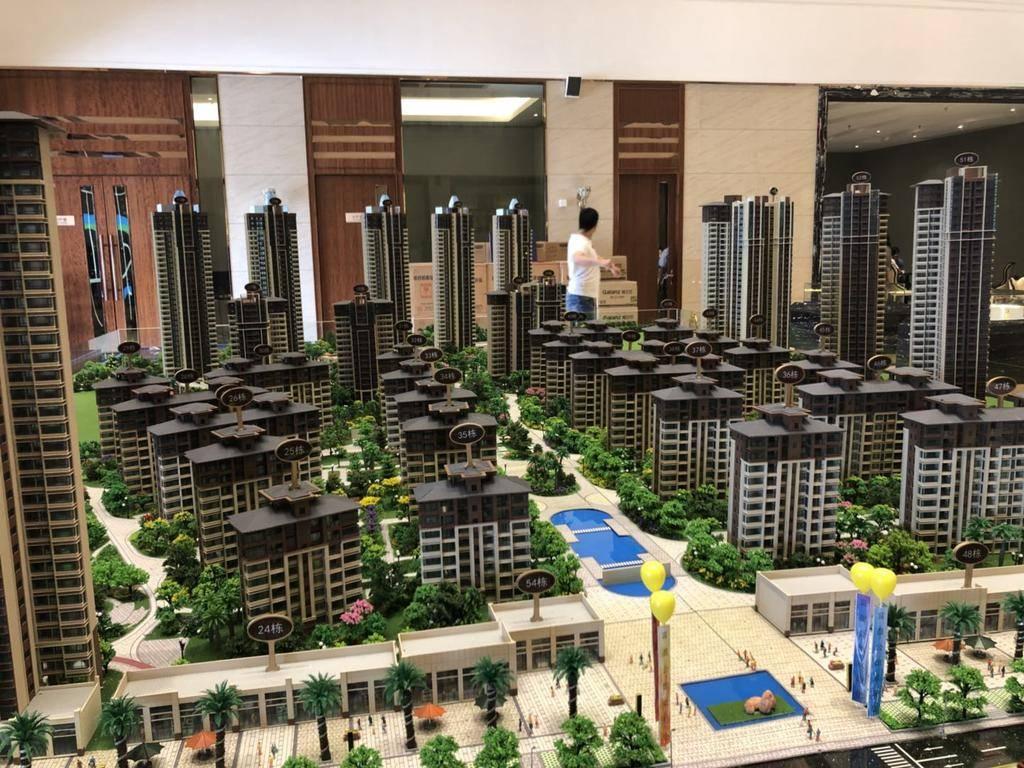 三环旁鹿江边富盈公馆 三期新房出售 三房两卫南北通一梯两户