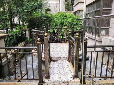 惠州新一中对面 东江学府大四房 带超大前后花园