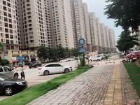 中信凯旋城临大街商铺,门面宽,层高5.9米,一口价165万!即买即收租