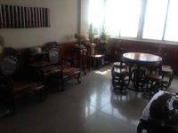 业主出售,下角江景学位房,三房两厅。