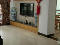 出租房屋信息,位于东平长湖苑,二楼180平精装房