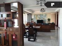 日昇昌天誉 蓝光雍锦世家 151平方,赠送30平方,豪装,看房方便。
