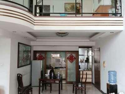 出售欣悦阳光4室2厅2卫187平米200万住宅