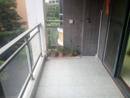 康城四季 精装大两房 单价9字头 户型正 采光好 朝南看花园