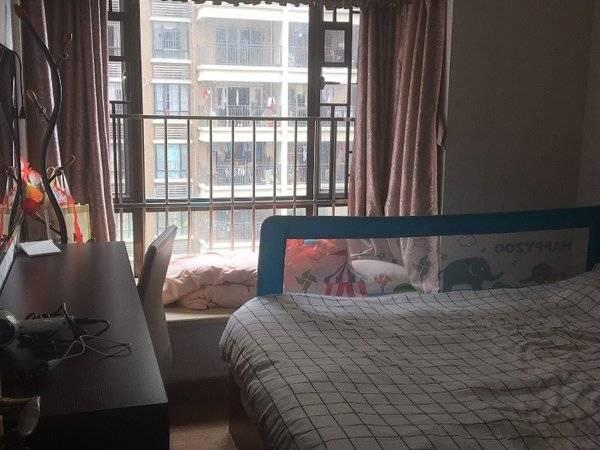出售瑞和家园1期4室2厅2卫110.8平米155万住宅