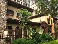 金山湖,方直珑湖湾别墅,公认风水最好的楼盘,带前后花园,看房方便