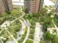 惠州一中旁 鸿润叠韵 中间楼层 花园中间 朝南户型 户型方正