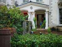 纯别墅 前后大花园 过户便宜 仅此一套 有钥匙随时看房