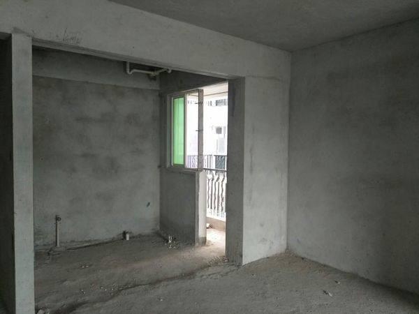 整个小区最便宜一套电梯三房 视野开阔 南北通透 钥匙在手