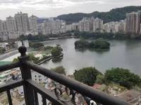 万象江山顶楼复式毛坯房 南湖景观一览无遗 实用面积600平 看房预约