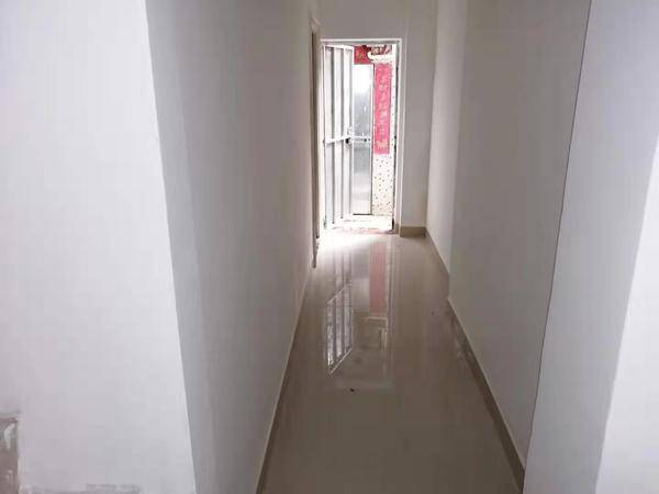 一中前门200米 总价最低的一套一中南小双学位房 90万全包 钥匙在手 随时看房