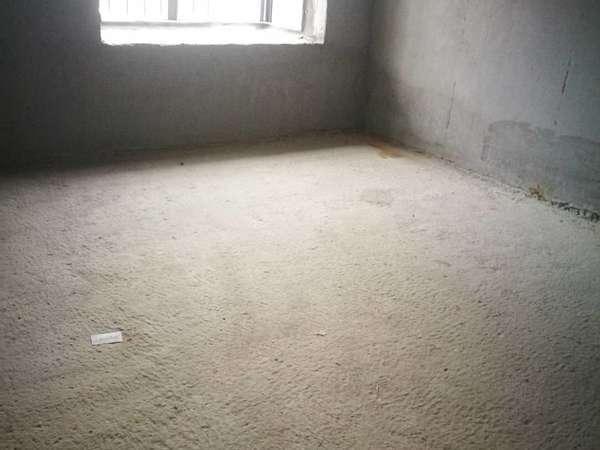 蜜糖小城毛坯2房,满五唯一,边位中间楼层,花园中间安静舒适,看房有钥匙
