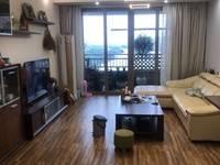 金山湖3区精装3房 业主自住房 保养好 阳台房间都看湖景