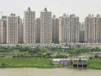 东部新城,豪宅标杆方直君御四期珑禧,可看江景,户型方正,花园中间