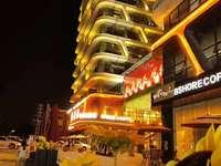 碧桂园龙城广场推出非常靓商铺总价不高120万实用有90平方有9米层高