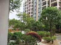 金榜御景园精装修,户型方正,采光好,环境优美,出售三房