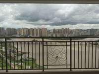 水悦龙湾大户型 超大江景房 个个房间可看江景 190万