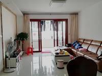 东平吉之岛商圈 电梯精装3房 高层朝南 保养非常好 配套成熟