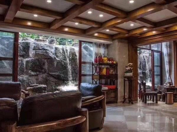 江北市中心 CBD繁华地段别墅区 全屋装修超600万 有发票 豪华家私电器 有匙