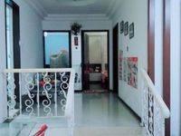 东湖花园四区、101方租2200/月、拎包入住、价格可谈、随时看房