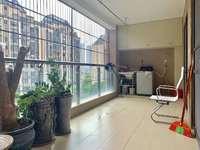 珑湖湾精装大四房,7.6米长大阳台,业主降价10万出售