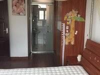 东平吉之岛商圈电梯精装4房 高层朝南 保养非常好 配套成熟