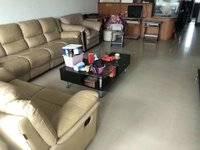 出售东晖苑3室2厅2卫114平米76万住宅