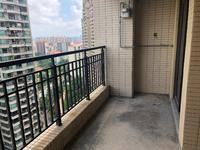 金山湖 山水华府 高层3加1房.诚心出售 看房方便