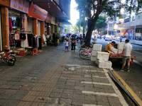 出租东平市场临街商铺38平米3300元/月商铺