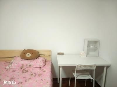 国商大厦3室2厅2卫招单身女孩合租