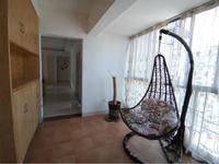 摩卡3房2厅2卫,2800月租,带家私电,拎包入住,光正学校、英皇幼儿园