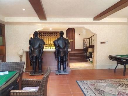 金山湖中信凯旋城 豪华装修边位大别墅 带私家花园 带花园 看房有钥匙