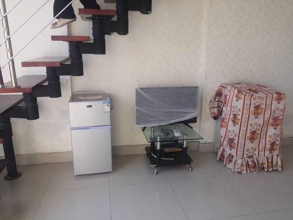 佳兆业附近 中惠城之恋精装修复式一房 装修舒服