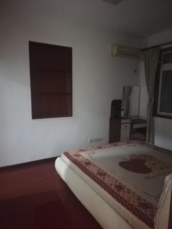 出租江北16号双子星旁小区2室2厅1卫72平米1600元/月住宅