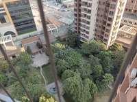 业主急售 大新城南贸花园 首付26万买精装南北通花园中间大三房 看房方便有钥匙
