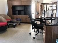 精装一房出租 1500元 家私齐全 拎包即住 看房方便