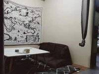 五星国墅园2房出售,楼层高视野好,对面是沃尔玛,地理位置好,价格实惠