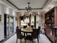 东江学府二期5房出售,少有大户型放盘,精美装修一万一平方附图看房方便总价225万