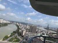 出售隆生东湖9区3室2厅2卫140平米245万住宅