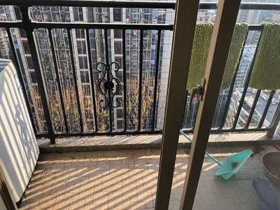 出售泰豪广场复试2室2厅2卫82平米70万住宅