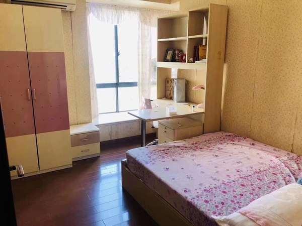 出售TCL嘉园4室2厅2卫128平米168万住宅