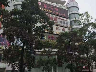 惠城区 黄金地段旺铺 双门面 回报高达5个点上 不愁出租 单价2.2万 停车位足