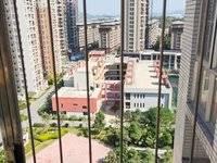 急售!东安花园2房.69平米65万住宅带.装修送家私家电.朝南,楼层好 ,