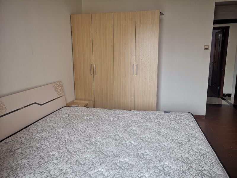 出租鼎江北峰国汇山3室2厅2卫114平米3000元/月住宅