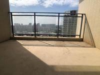 读惠南学校 中空复式楼 楼下就是高布市场 门口就健身房